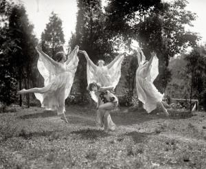 Finstämd gruppdans från Malung