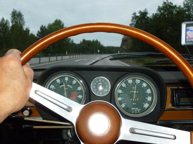 Gubben styr ännu en Alfa Romeo hem till samlingen